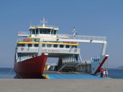 Фериботи от и до Тасос