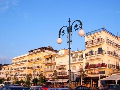 Лименас, крайбрежната улица